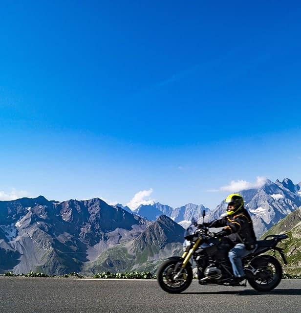 Viaje organizado en moto alpes